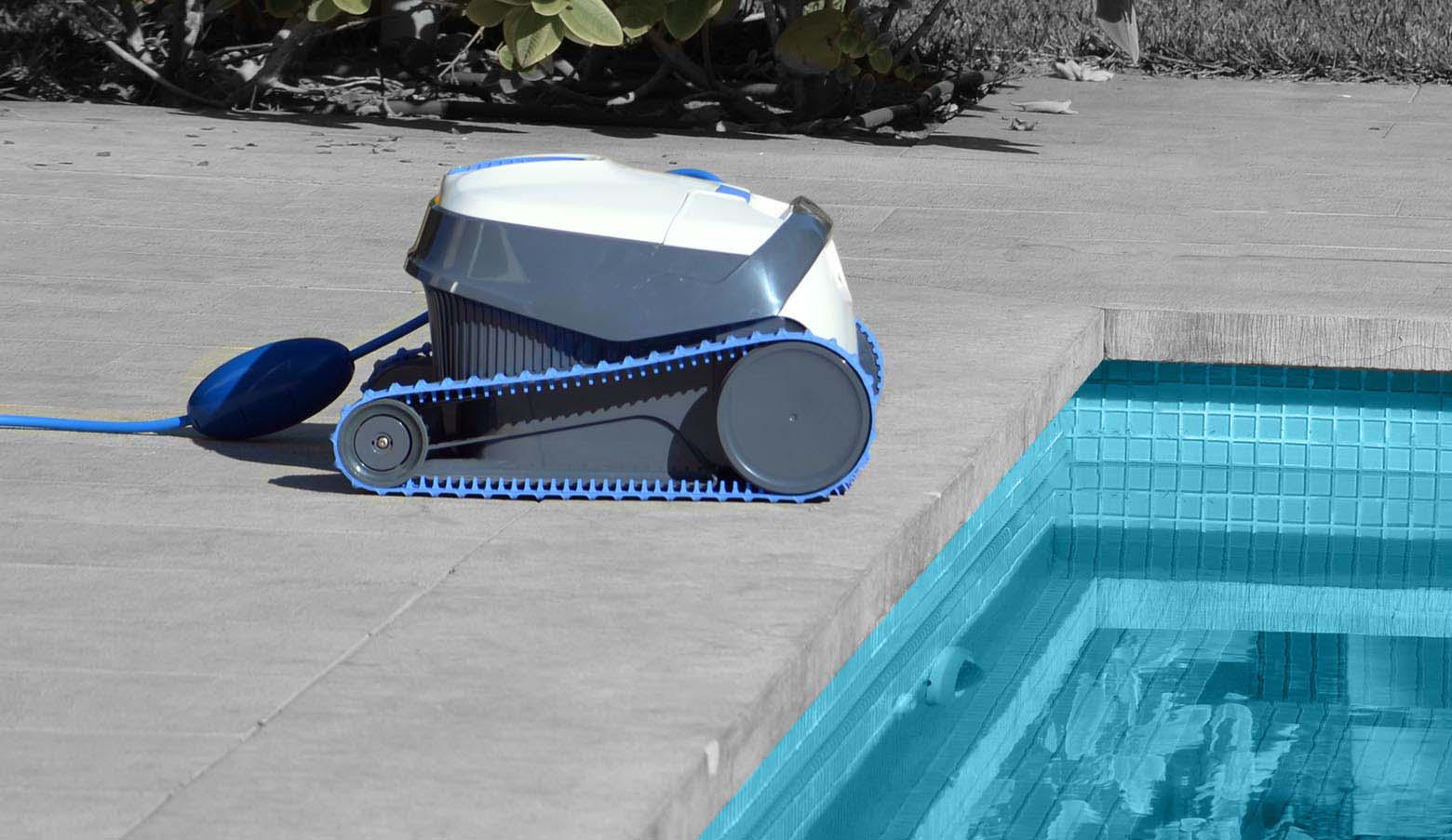 Robot Dolphin S200 - Bella Piscines, Piscines Et Accessoires ... à Robot Piscine Dolphin S200