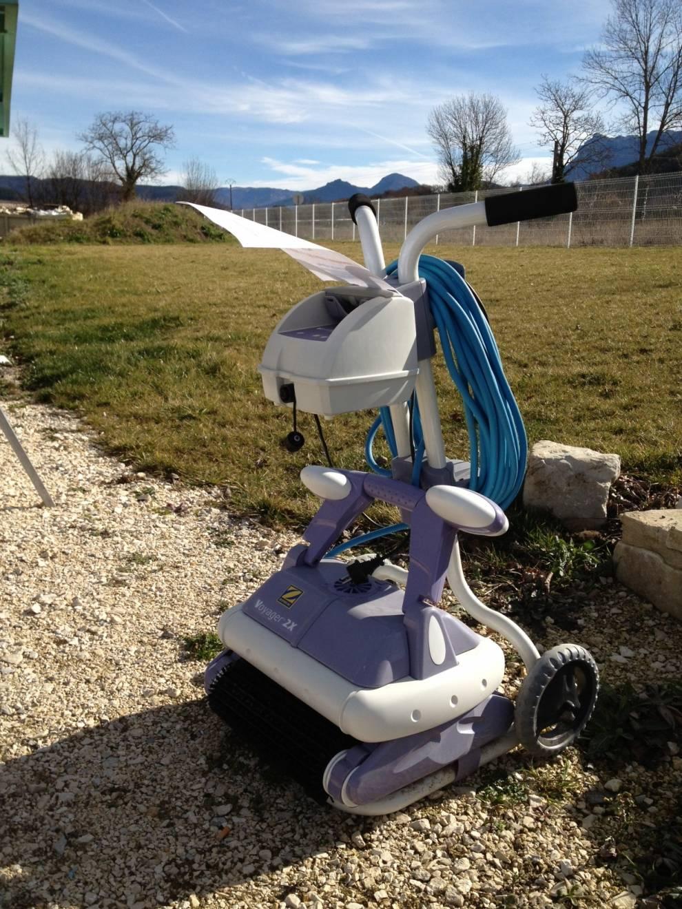Robot Électrique De Piscine D'occasion - Elite Piscine encequiconcerne Piscine Zodiac Occasion
