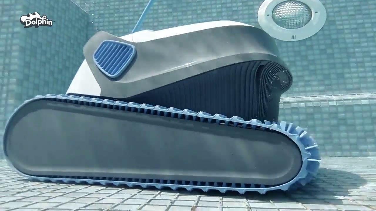 Robot Piscine Dolphin Série S S100 S200 S300 S300I - Présentation -  Marchédelapiscine encequiconcerne Robot Piscine Dolphin S200