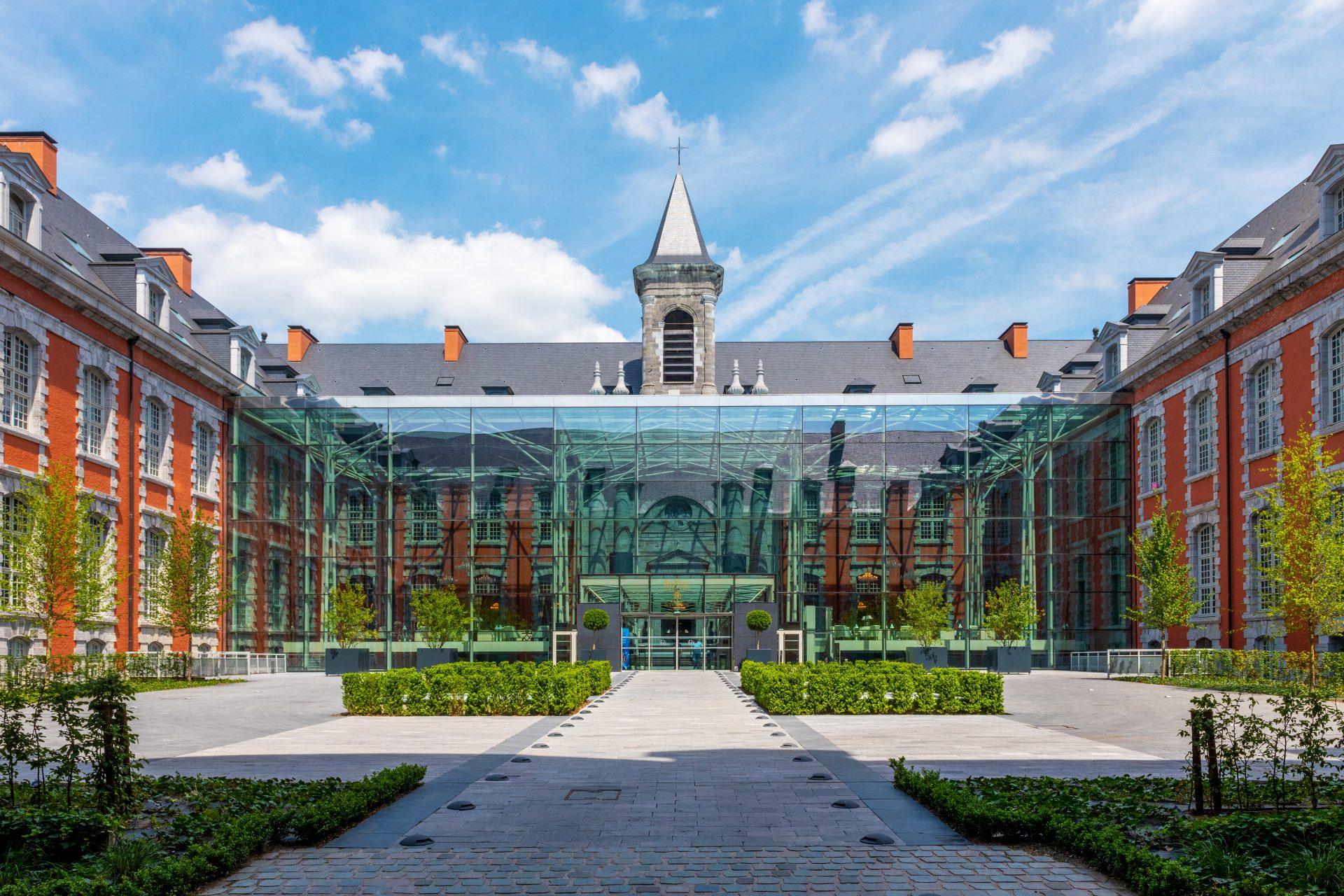 Royal Hainaut, Royal Hainaut Spa & Resort Hotel, Hôtel Royal ... avec Piscine Valenciennes
