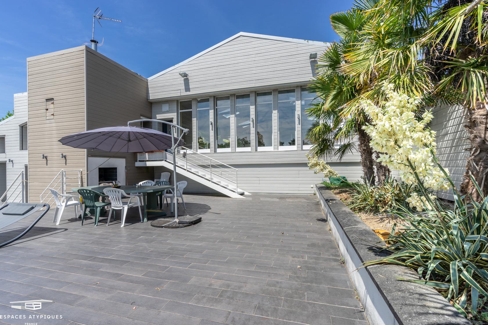 Saint-Hilaire-De-Chaléons : Maison-Loft Avec Piscine ... concernant Piscine St Pazanne