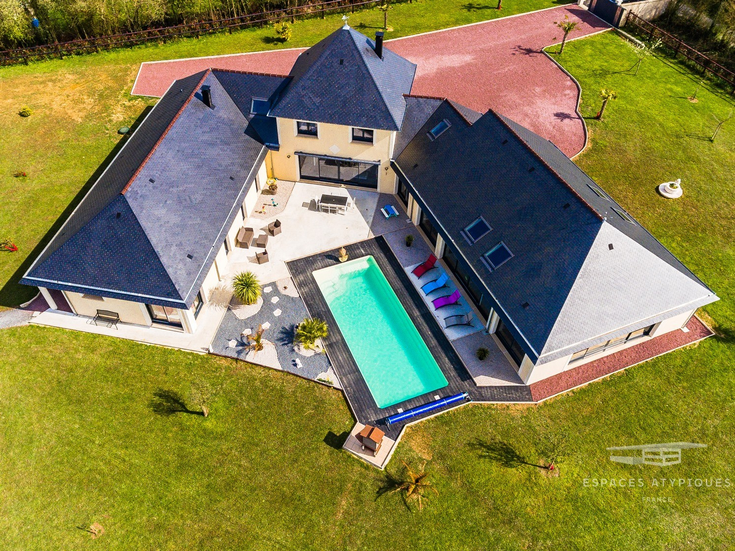 Saint Lo : Majestic Contemporary House With Swimming Pool ... encequiconcerne Piscine St Lo