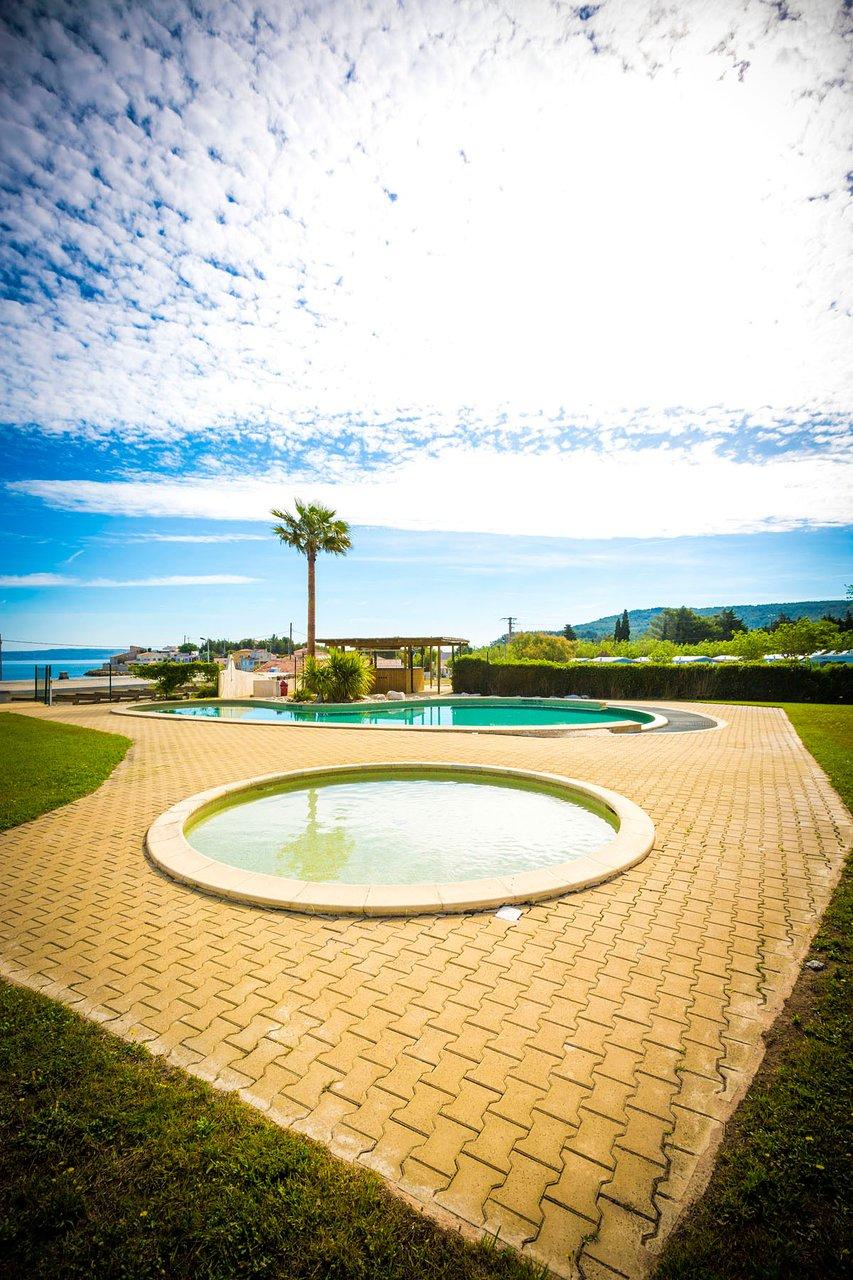 Saint-Mitre-Les-Remparts 2020: Best Of Saint-Mitre-Les ... destiné Piscine Fos Sur Mer
