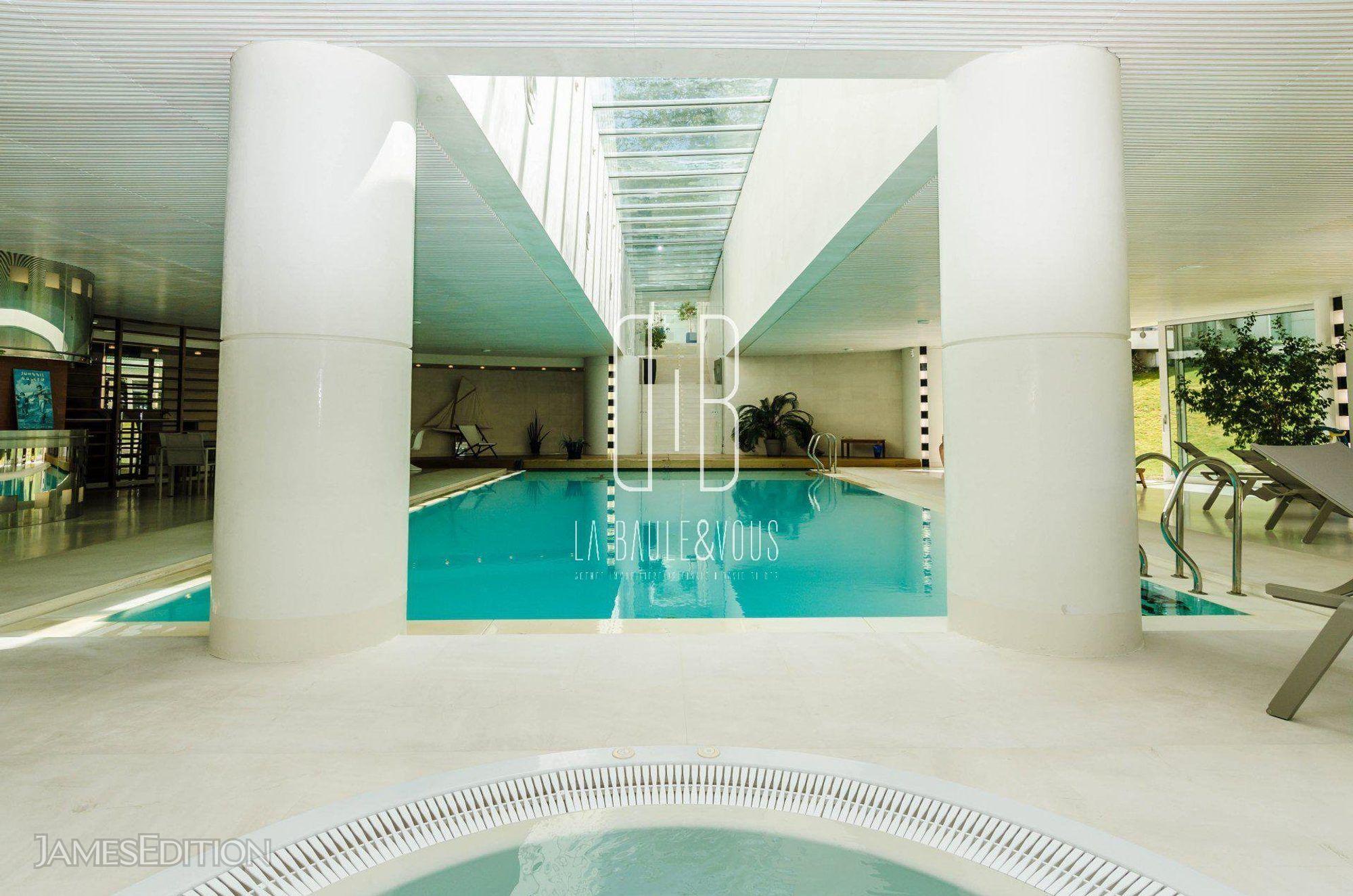 Sale - Property La Baule-Escoublac tout Piscine Aquabaule