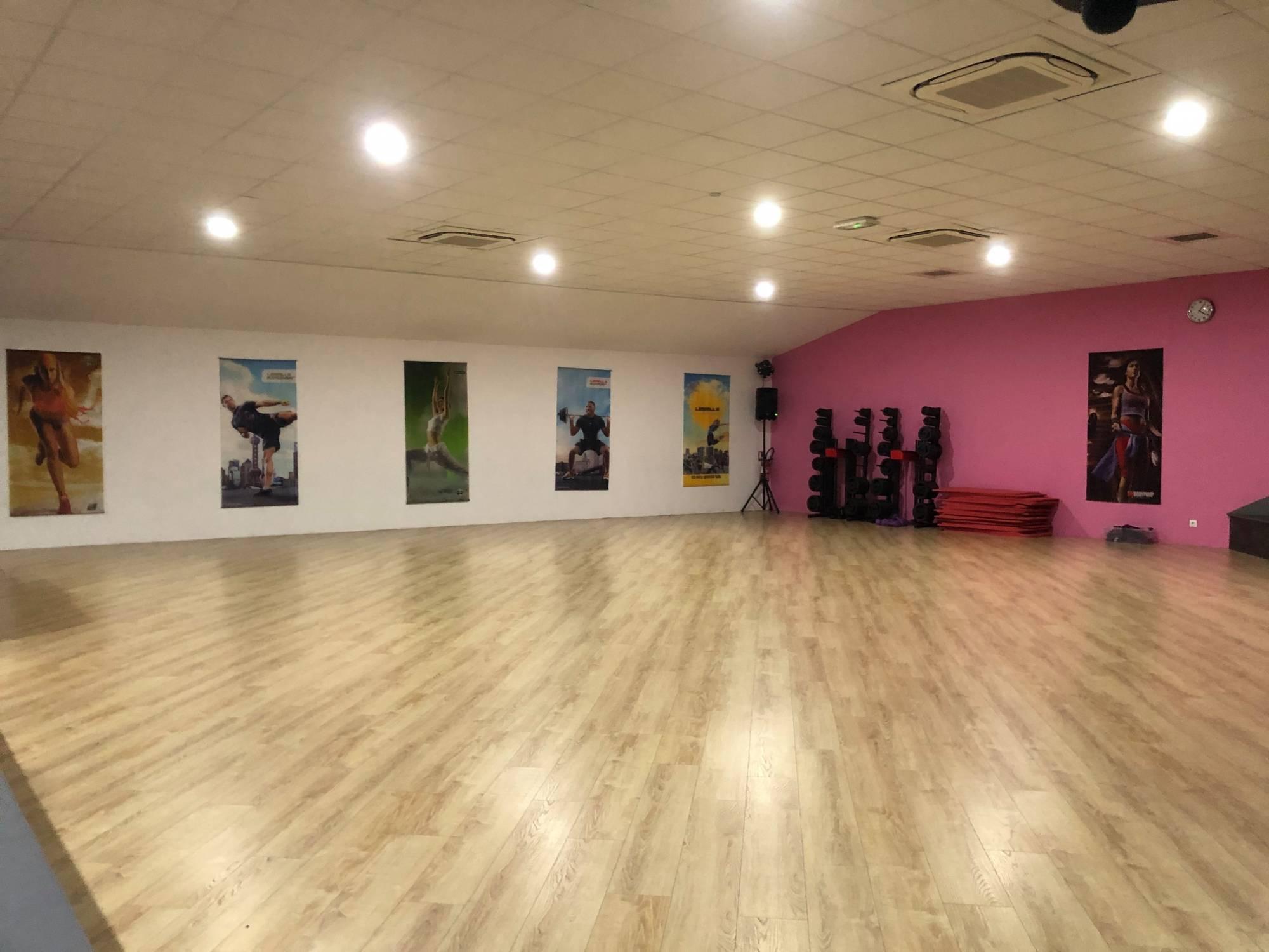 Salle De Fitness Avec Piscine Et Hammam Lormont - Aquafit destiné Piscine Lormont