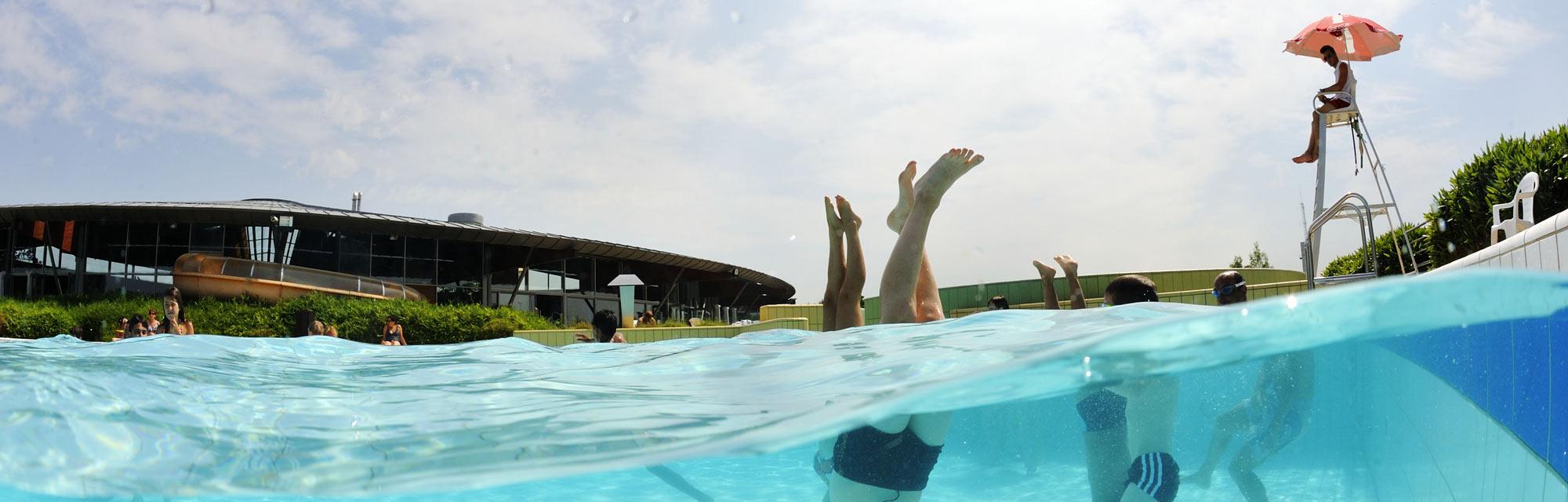 Se Baigner En Vendée : Centres Aquatiques Et Piscines avec Piscine Saint Fulgent