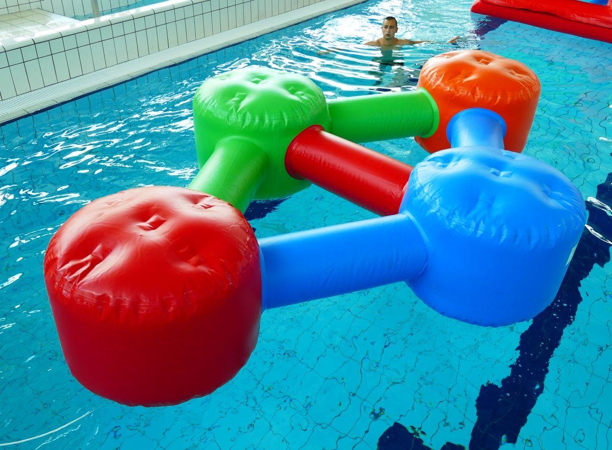 Simple Molécule   Jeux Aquatiques, Aire De Jeux Aquatique Et ... dedans Toboggan Piscine Gonflable