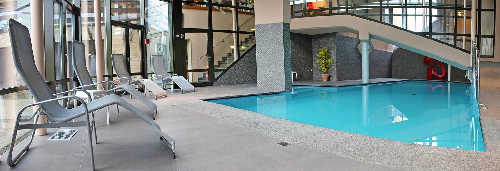 Soll Cress - Hotel *** - Hôtel Trois Étoiles Près De La Mer ... intérieur Piscine Coxyde