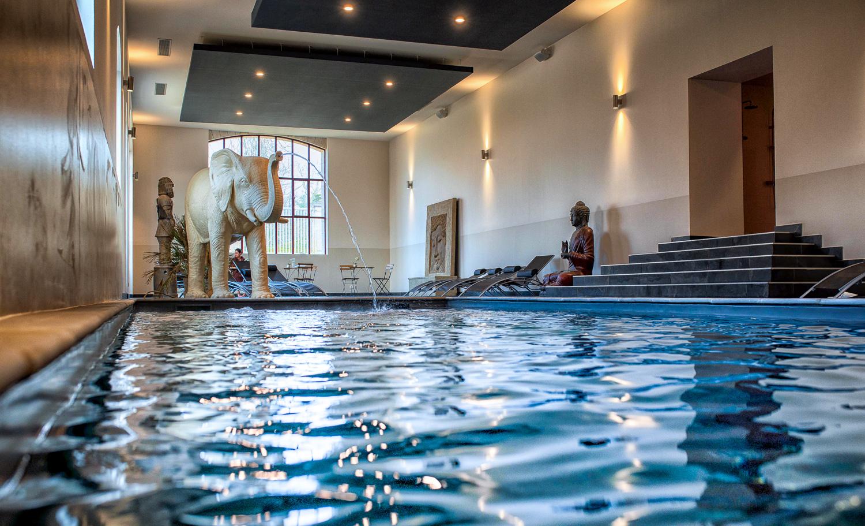 Spa At The Château De Dissay - Dissay (86 - Vienne) tout Piscine De Lencloitre