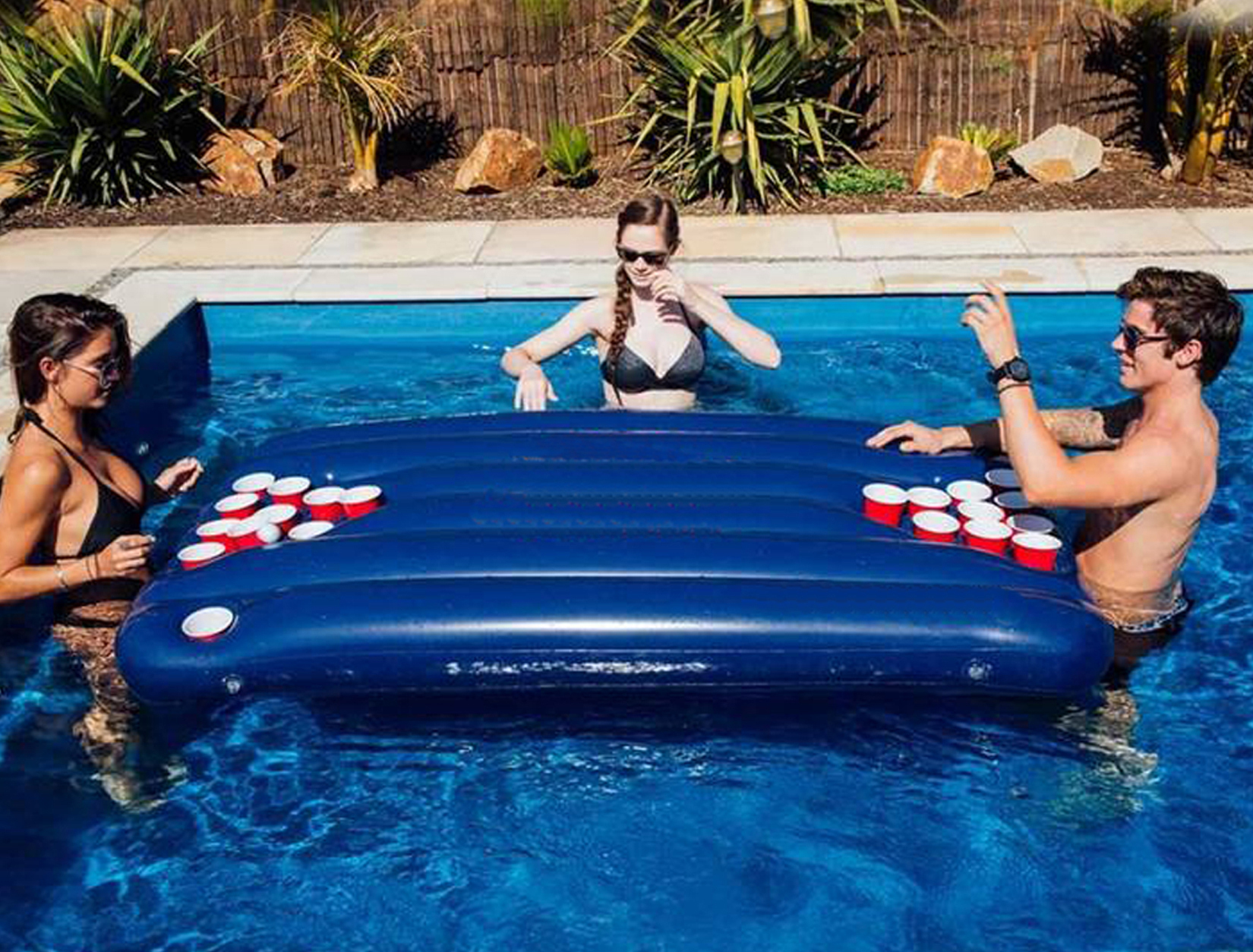 Splash Pong - Inflatable Beer Pong Table | Original Cup pour Beer Pong Piscine