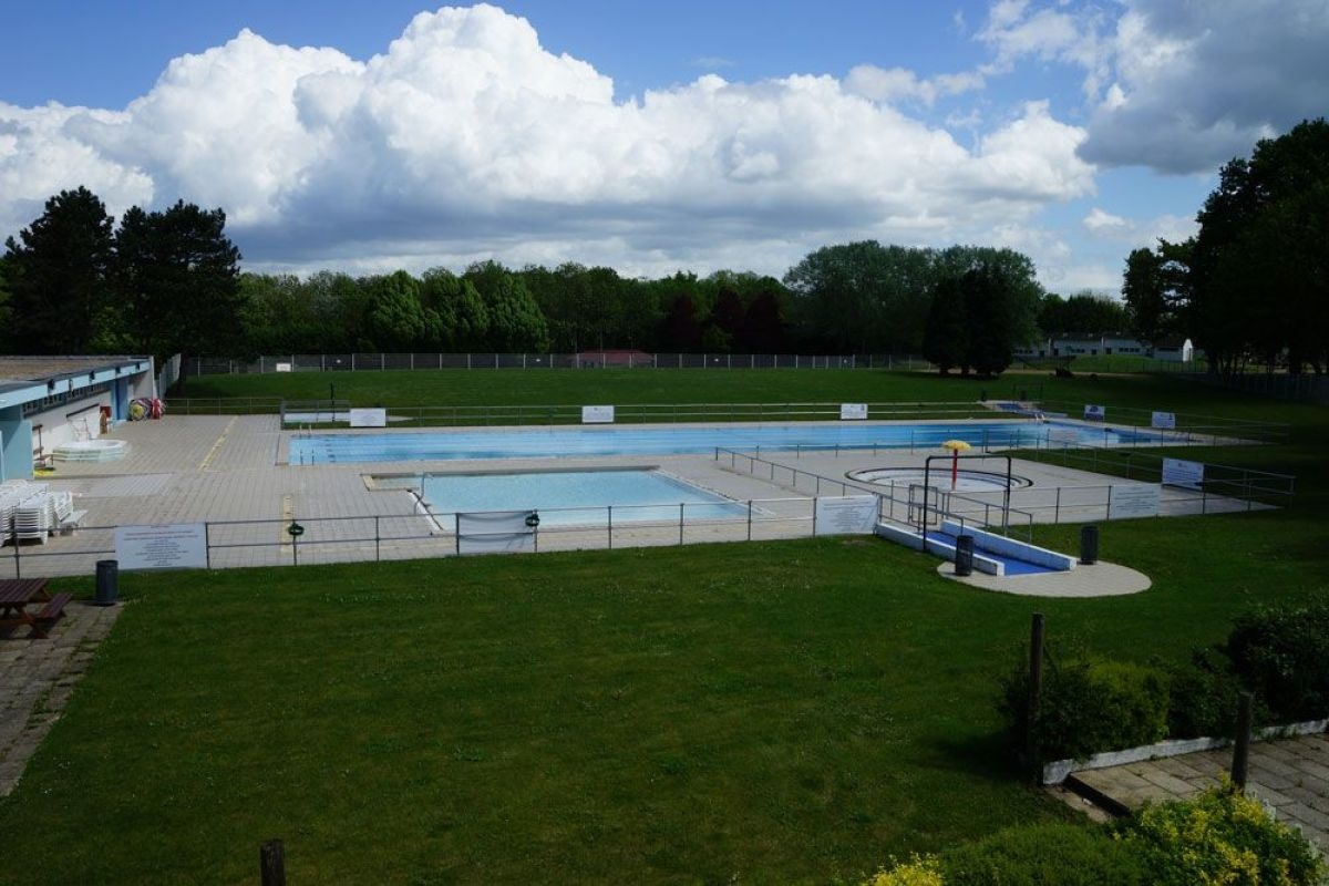 Stade Nautique À Villecresnes - Horaires, Tarifs Et ... dedans Piscine Villecresnes