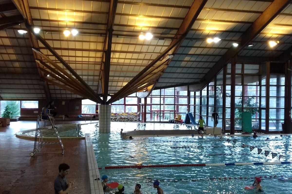 Stade Nautique Jean Bouin - Piscine À Savigny-Le-Temple ... concernant Piscine De Corbeil
