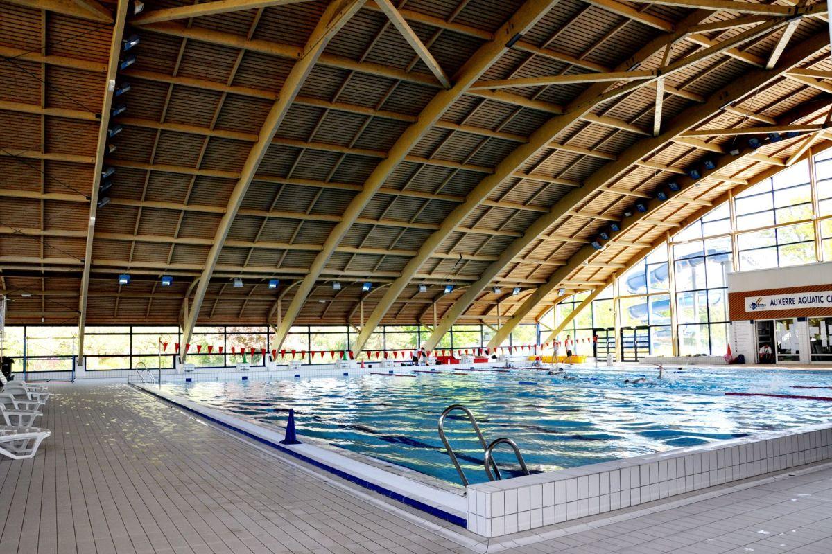 Stade Nautique - Piscine À Auxerre - Horaires, Tarifs Et ... intérieur Horaire Piscine Auxerre