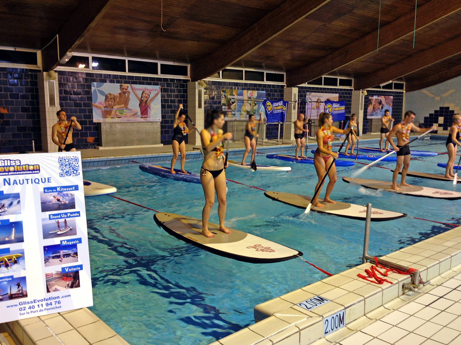 Stand Up Paddle Au Centre Aquatique De La Baule Aquabaule ... dedans Piscine Aquabaule