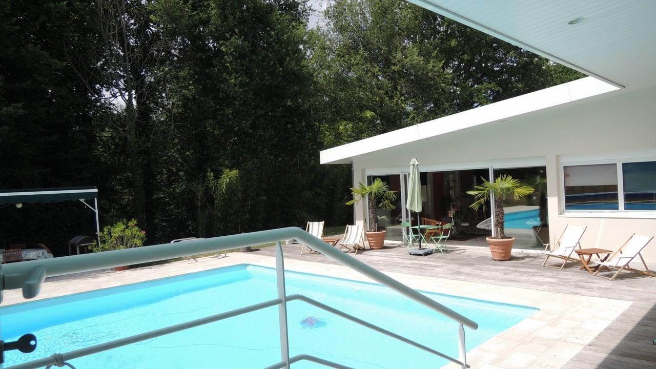 Sud De Tours - Maison D'architecte - Parc 3.500 M² - Piscine ... concernant Piscine Chambray Les Tours