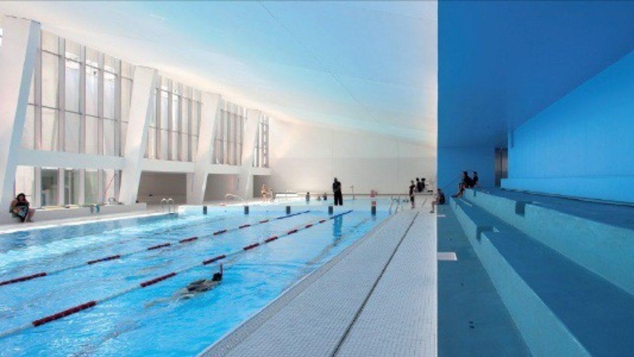 Suda Ileri: Bambaşka Bir Işık Altında Halka Açık Havuz ... intérieur Piscine Bagneux