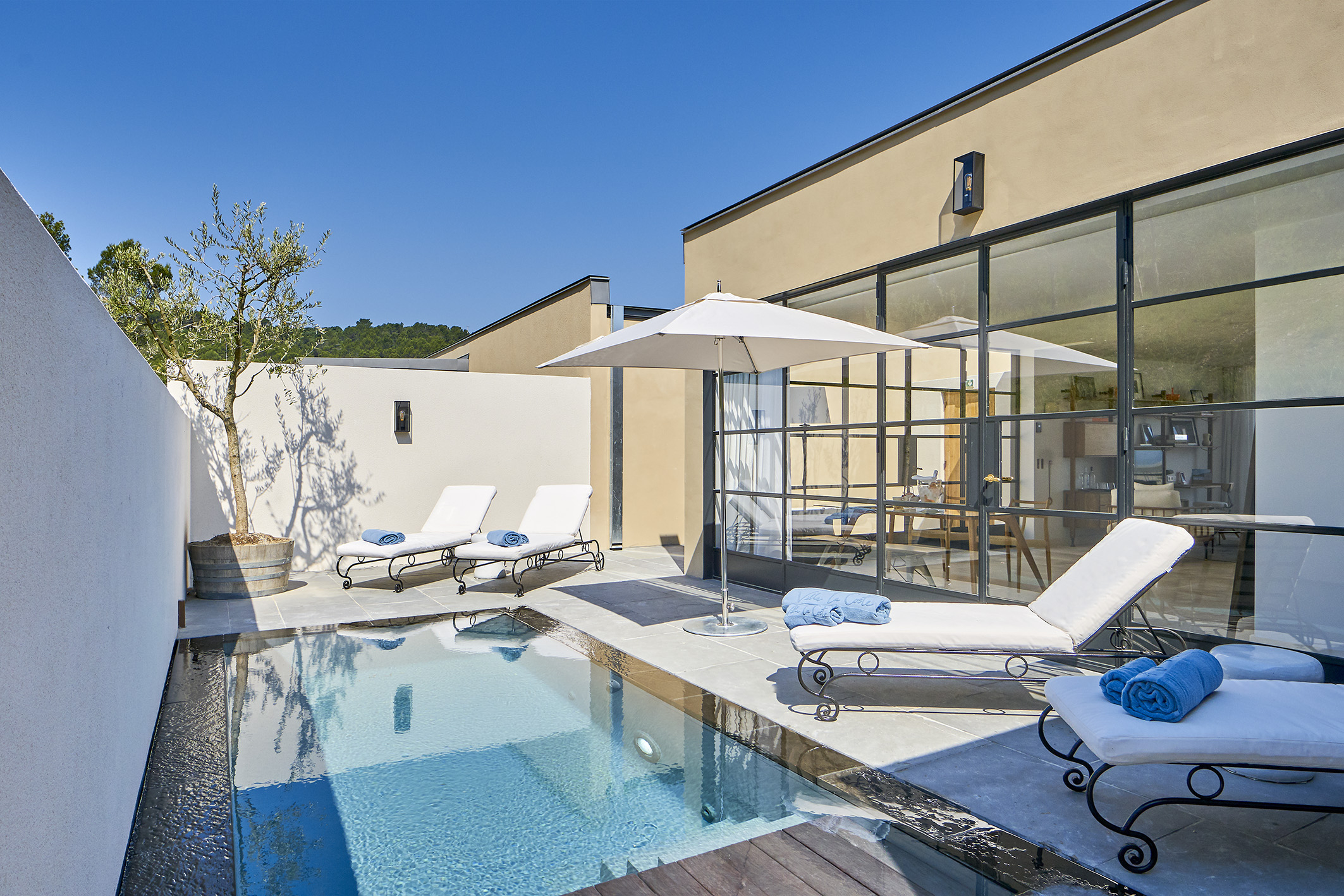 Suite De Luxe En Provence Avec Piscine Privée   Hotêl Villa ... concernant Hotel Avec Piscine Privée Dans La Chambre France