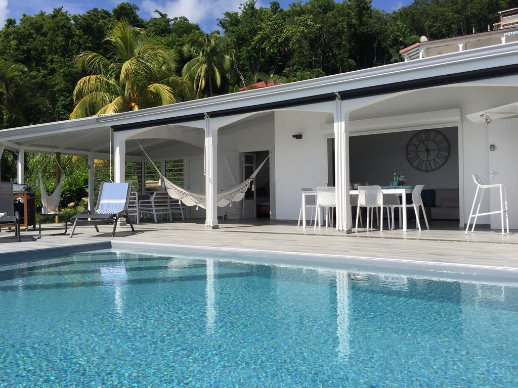 Sunset Palm - Superbe Villa Créole Avec Piscine Face Au ... intérieur Piscine De Tarare