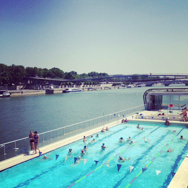 Swimming: Piscine Joséphine Baker 75013 - Locals Of Paris à Piscine Josephine Baker