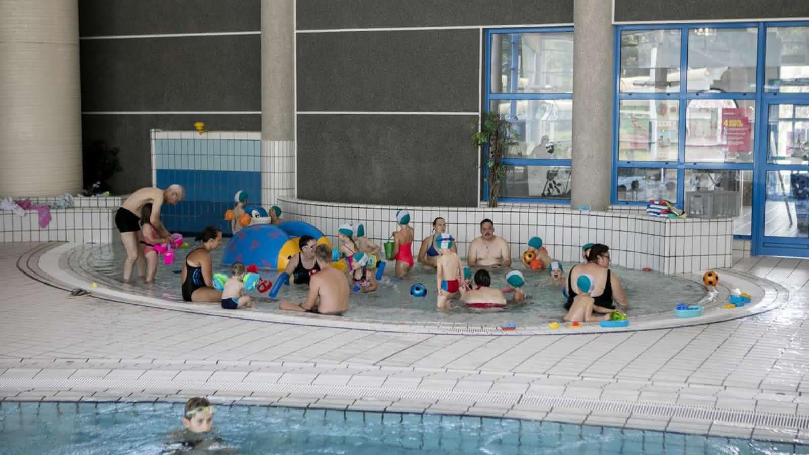 Swimming-Pool Aquavallées - Bassemberg | Visit Alsace concernant Piscine Bassemberg