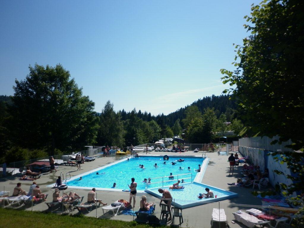 Swimming Pool Area   Camping Belle Hutte avec Camping Gérardmer Avec Piscine