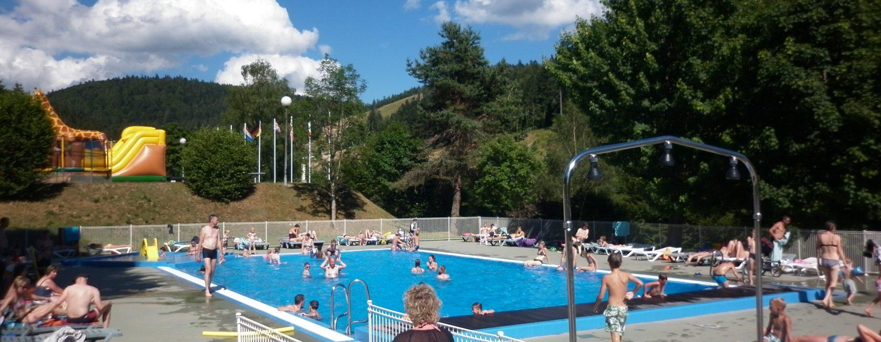 Swimming Pool Area | Camping Belle Hutte destiné Camping Gérardmer Avec Piscine