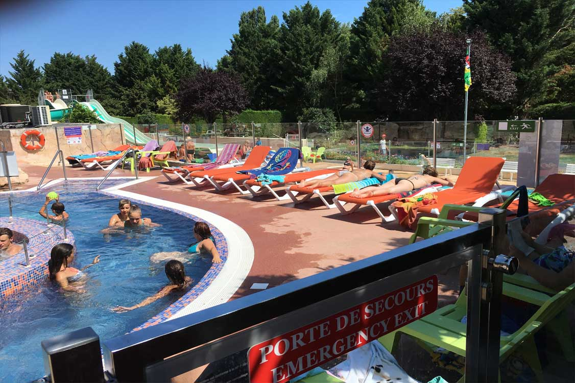 Swimming Pools And Water Park ¤ Camping Auvergne Le Clos Auroy pour Piscine Chamaliere