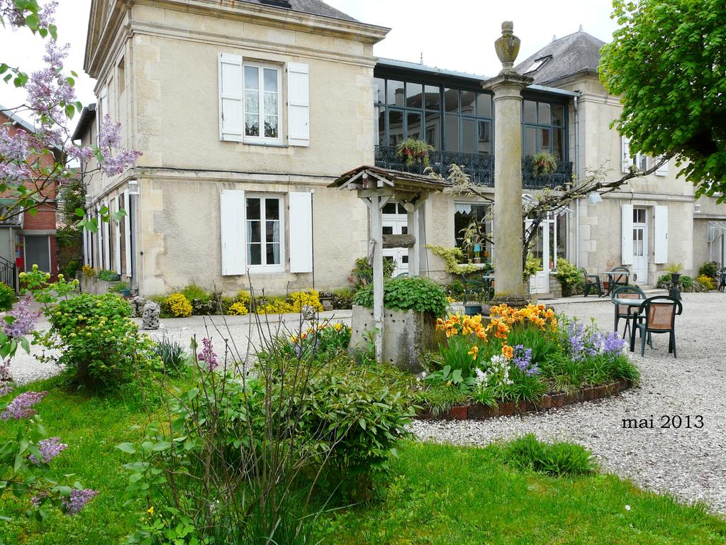 Sylvia Hôtel Châtillon Sur Seine encequiconcerne Piscine Chatillon Sur Seine
