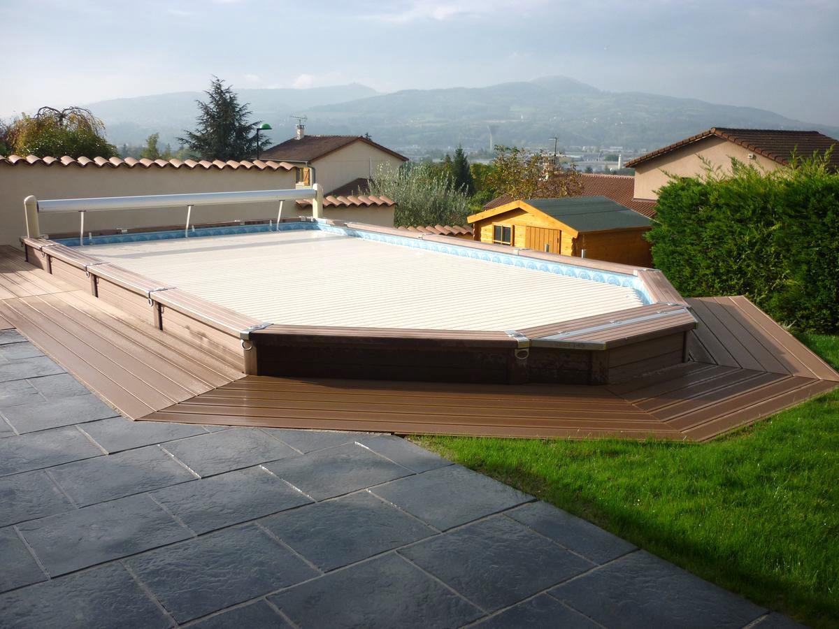 Terrasse De Piscine Hors Sol En Composite À Genay 69730 - Le ... concernant Piscine Hors Sol Composite