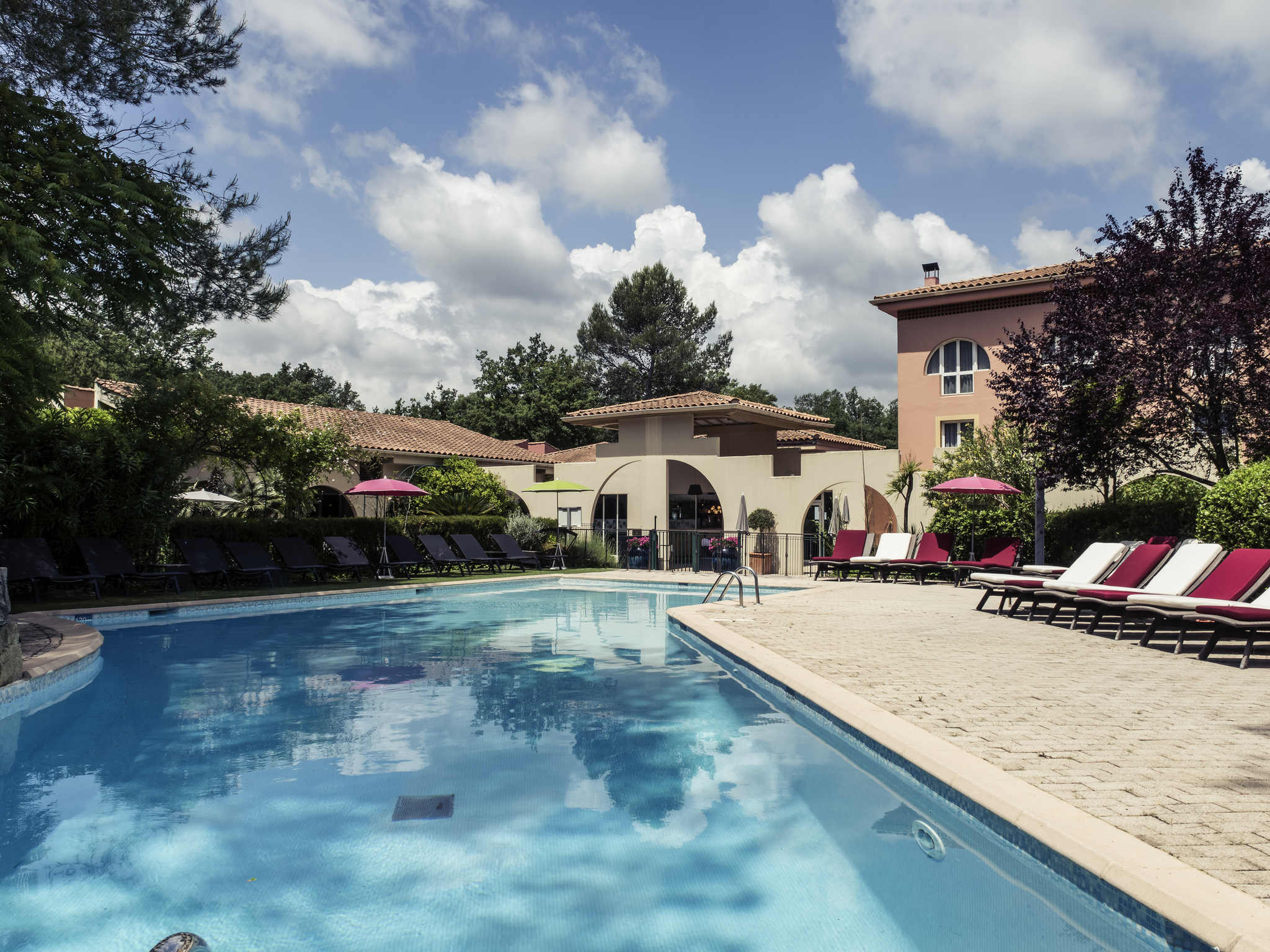 Thb Mercure Antibes Sophia Antipolis Hotel In Valbonne avec Piscine Sophia Antipolis