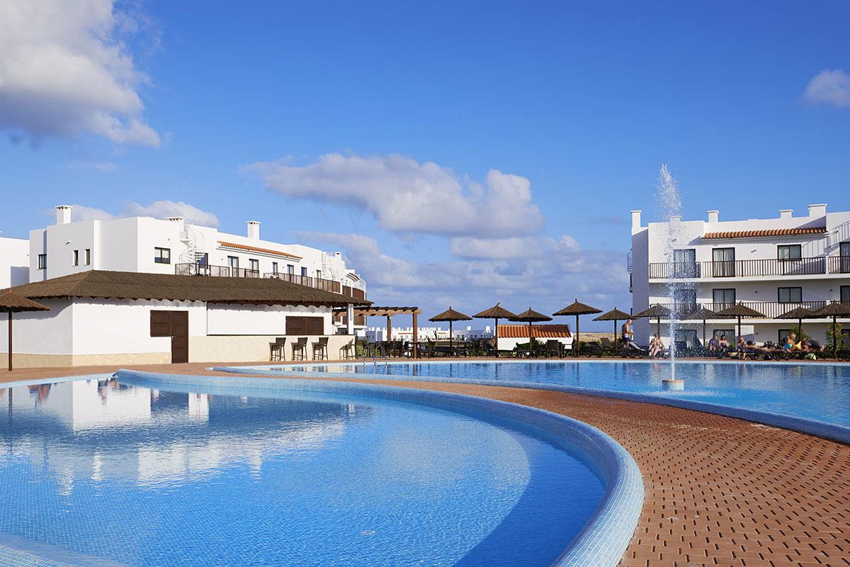 Thb Séjours & Affaires Serris Rive Gauche Hotel In Serris avec Piscine Serris