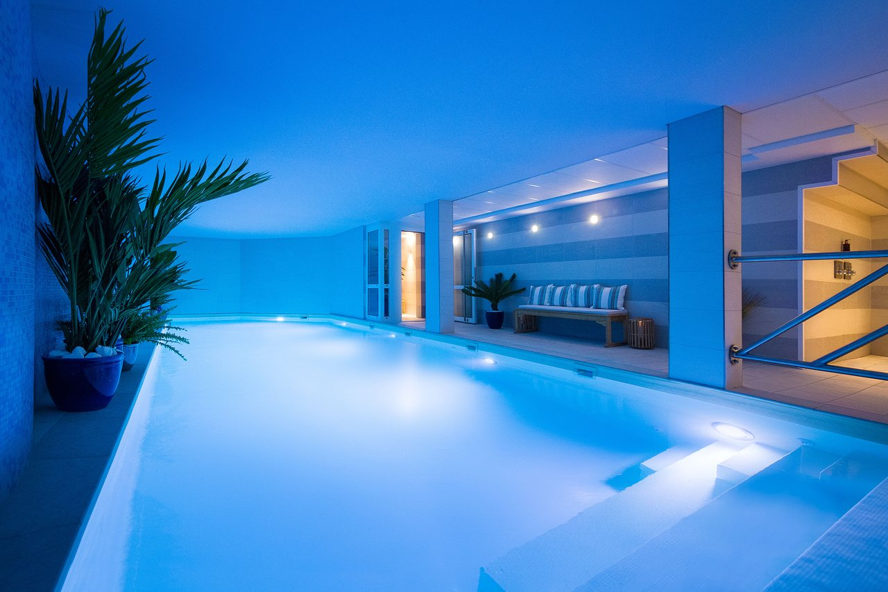 The 10 Best Hotels With Hot Tubs In Paris - Mar 2020 (With ... tout Hotel Avec Piscine Paris