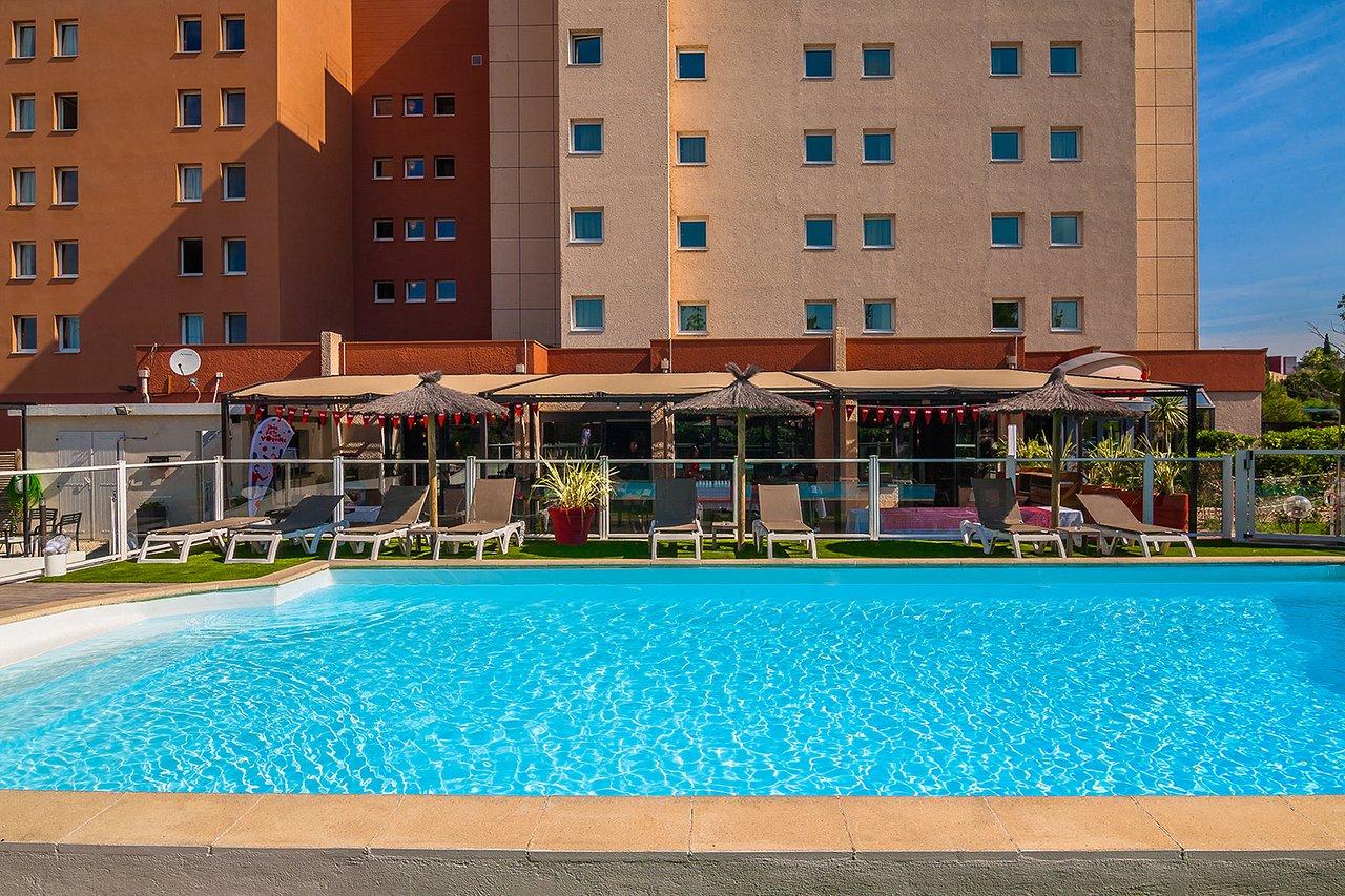 The 10 Closest Hotels To Marseille Airport (Mrs ... destiné Cec Piscine