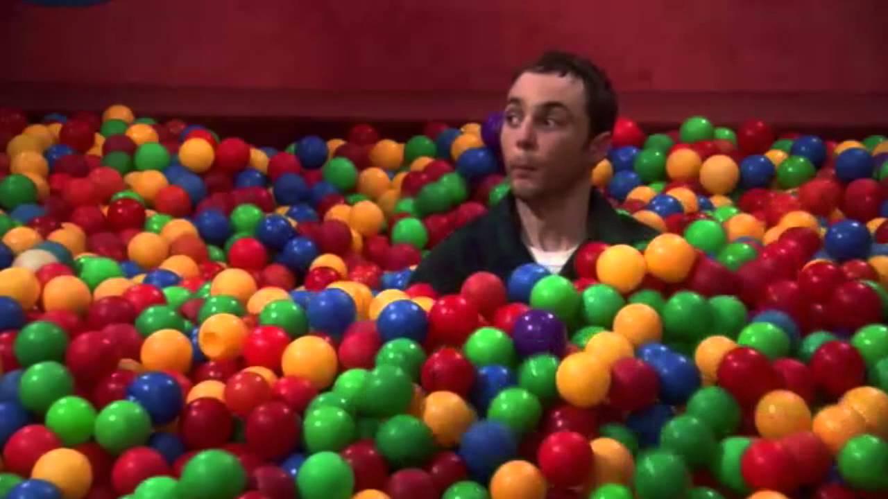 """The Big Bang Theory Français ► 3X14 Piscine De Balle """"tu M'auras Pas""""  Bazinga ! S03E14 3X14 serapportantà Piscine A Boule"""