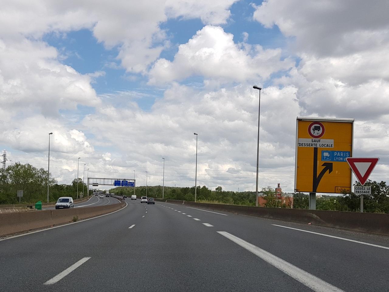 Travaux Sur Le Pont De Givors : De Nouvelles Difficultés Dès ... serapportantà Piscine De Givors