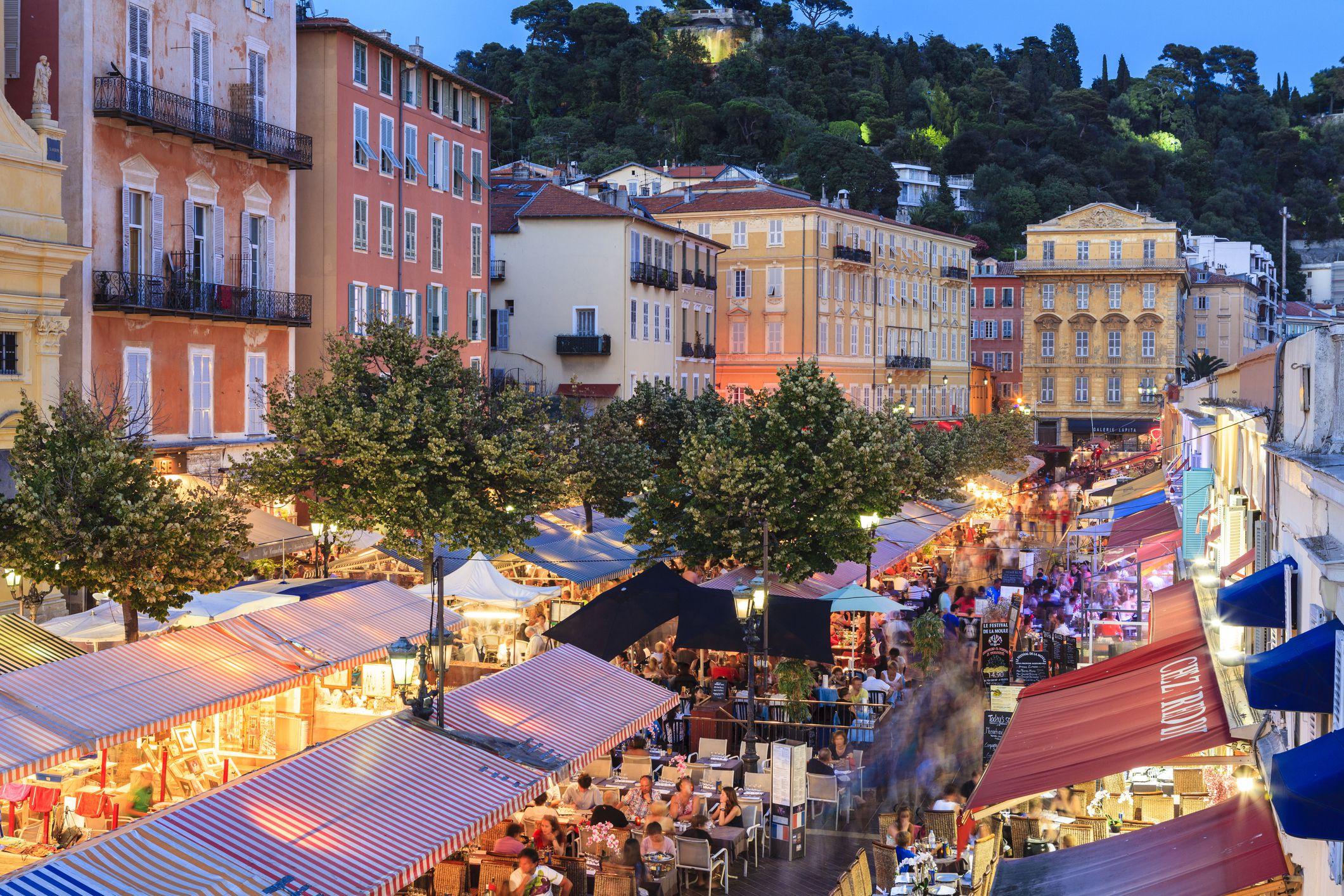 Uluslararası Ziyaretçiler Için En İyi 20 En Popüler Fransız ... encequiconcerne Piscine St Charles Marseille