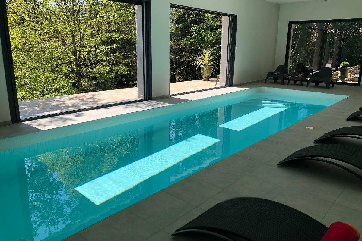 Un Balcon Sur Les Cévennes, Maison De 300M² Avec Piscine ... tout Location Maison Avec Piscine Intérieure Et Jacuzzi