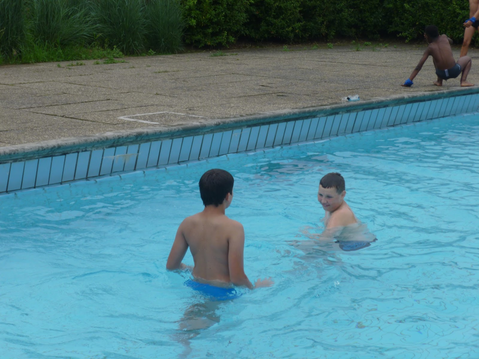 Un Blog De Jeunes...atteints D'autisme Ou De Troubles ... destiné Piscine Montbeliard