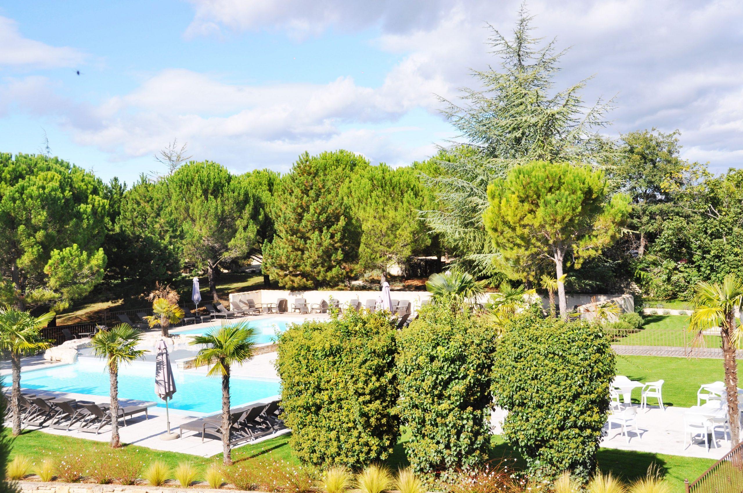Un #hôtel Avec #piscine, Niché Dans Un #parc Arboré D'une ... tout Hotel Ardeche Avec Piscine