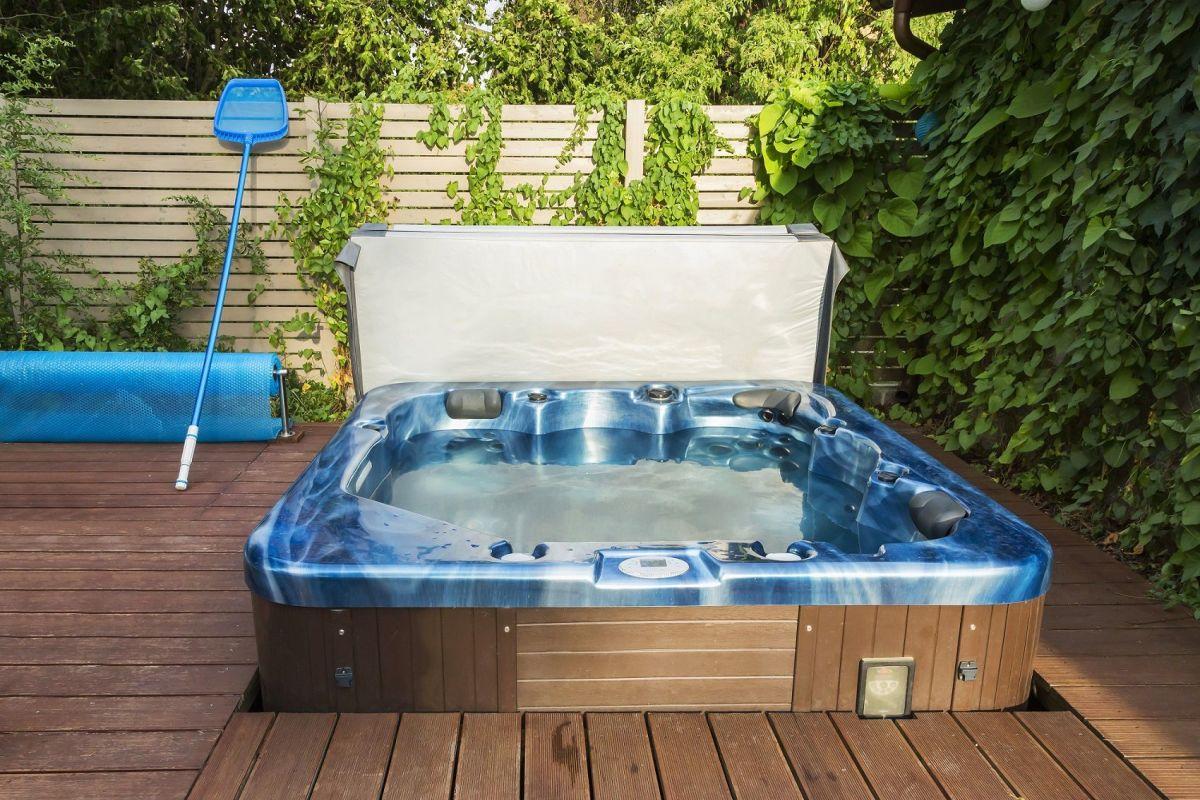 Un Spa En Kit : Une Façon Économique D'installer Un Spa Chez ... à Piscine À Monter Soi Même