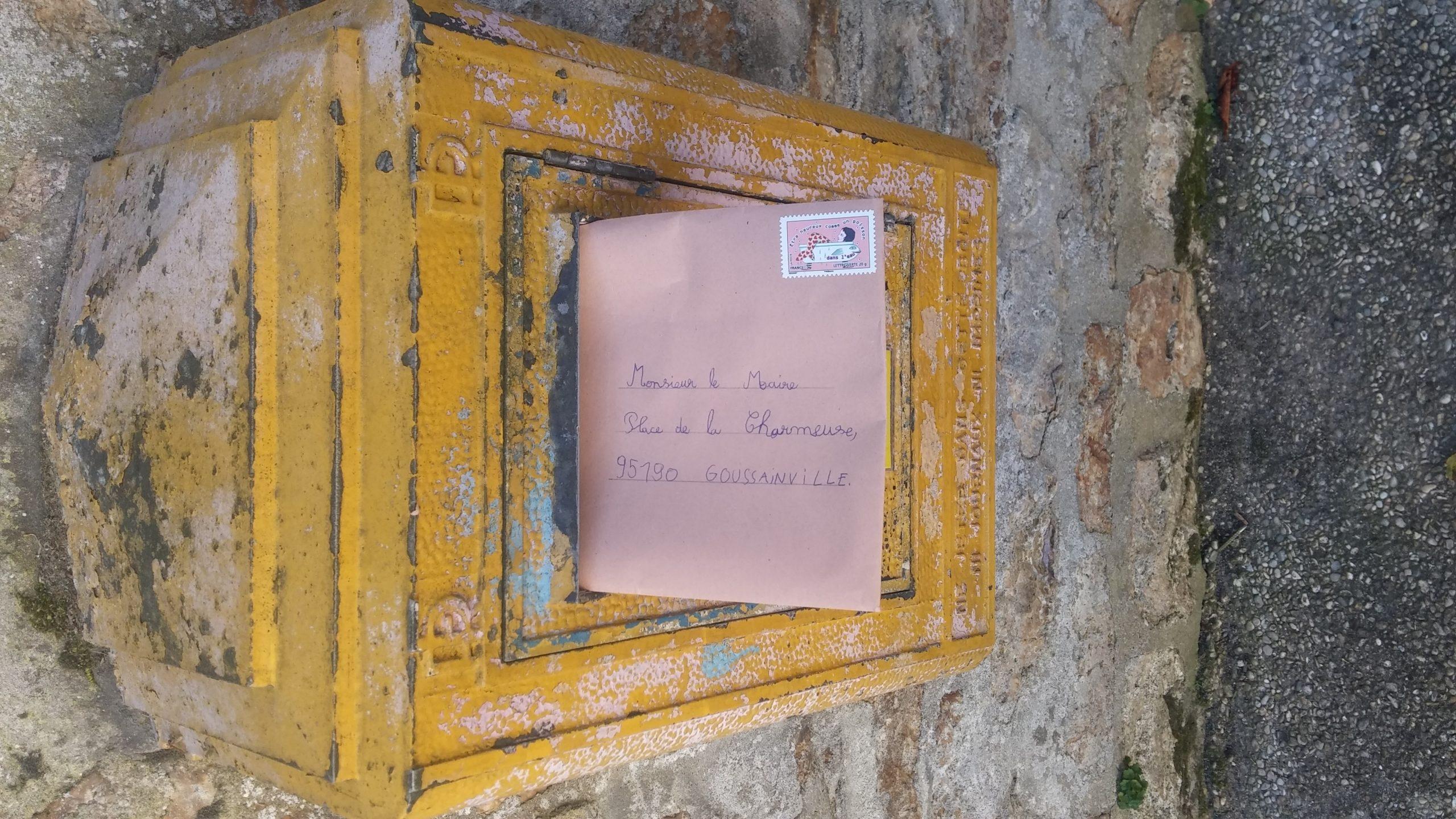 Une Piscine Dans La Cour De L'école - École Sévigné concernant Piscine De Goussainville