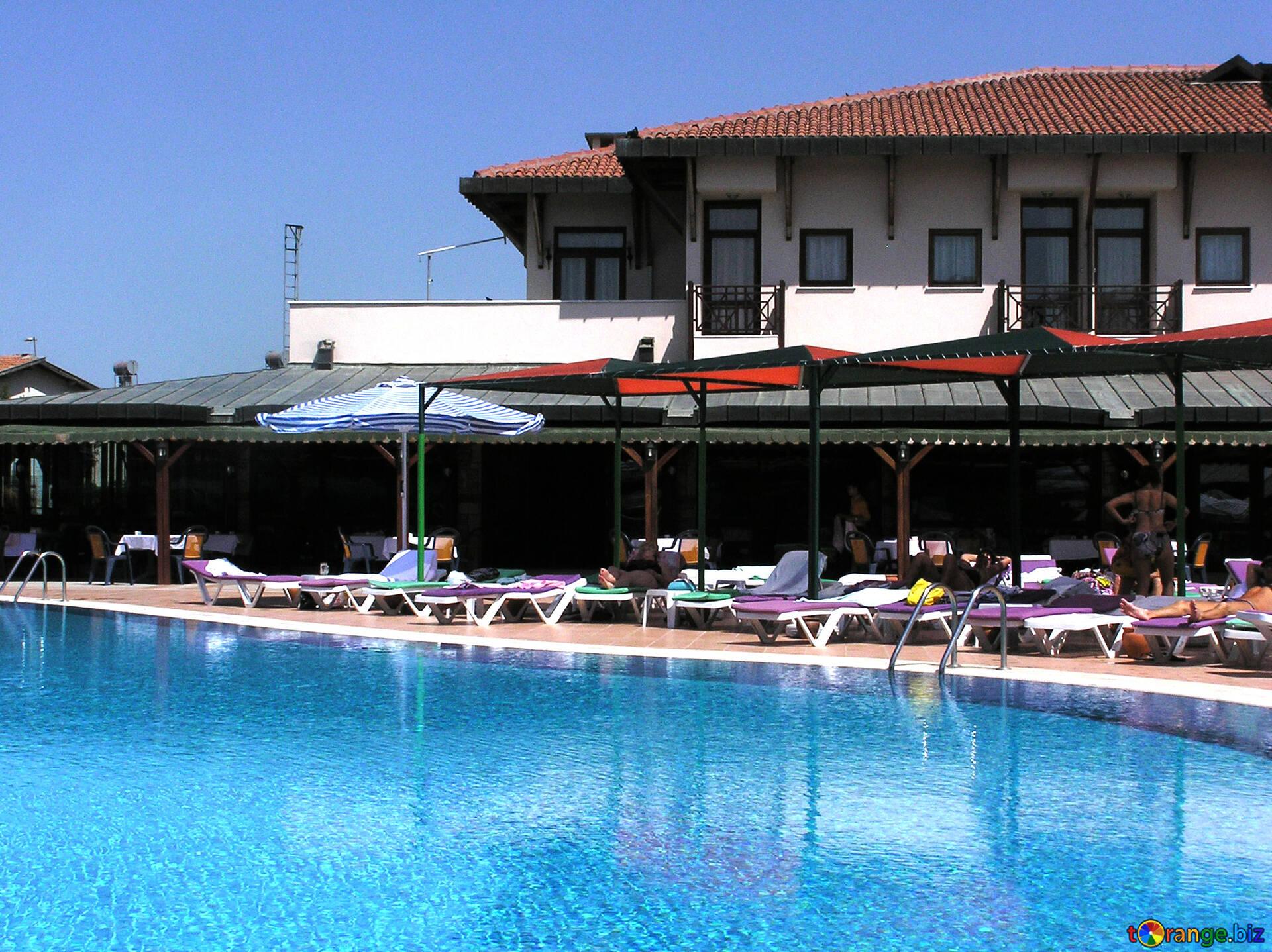 Vacances En Turquie Piscine À Proximité De L'hôtel Piscine ... destiné Piscine A Proximité