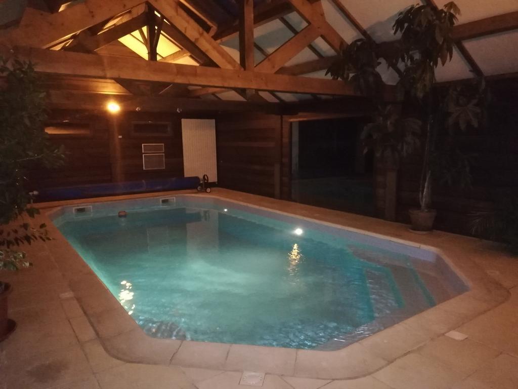 Vacation Home Maison Avec Piscine Et Sauna À Vire, France ... destiné Piscine Avranches