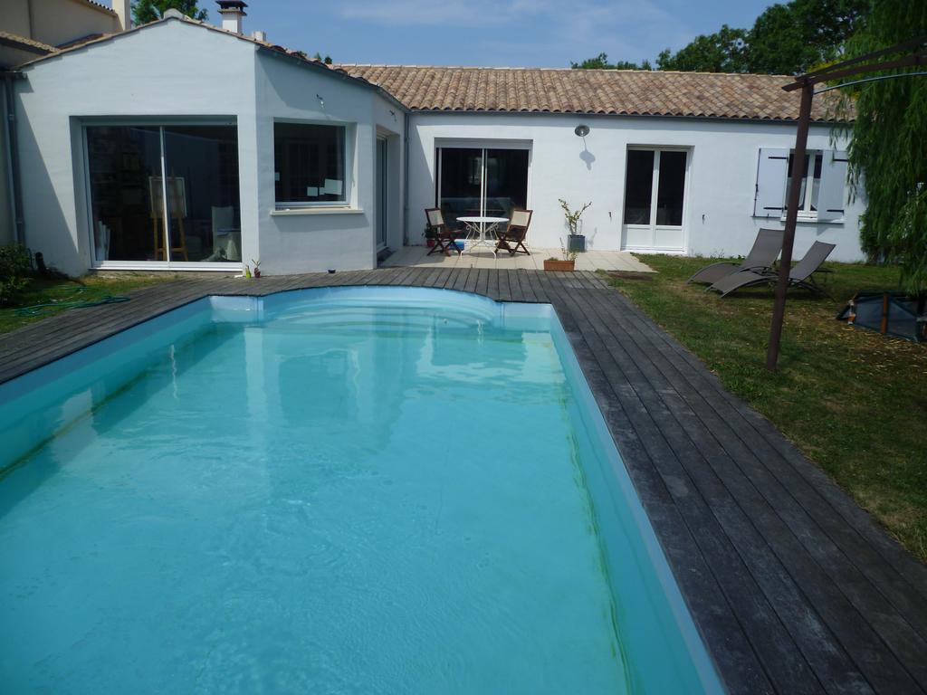 Vacation Home Maison De Charme, Lagord, France - Booking dedans Piscine De La Rochelle