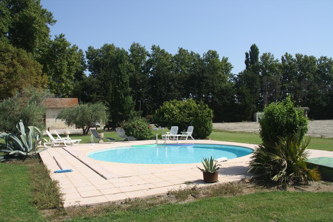 Vacation Home Mas Des Cigales, Montfavet, France - Booking dedans Piscine Montfavet