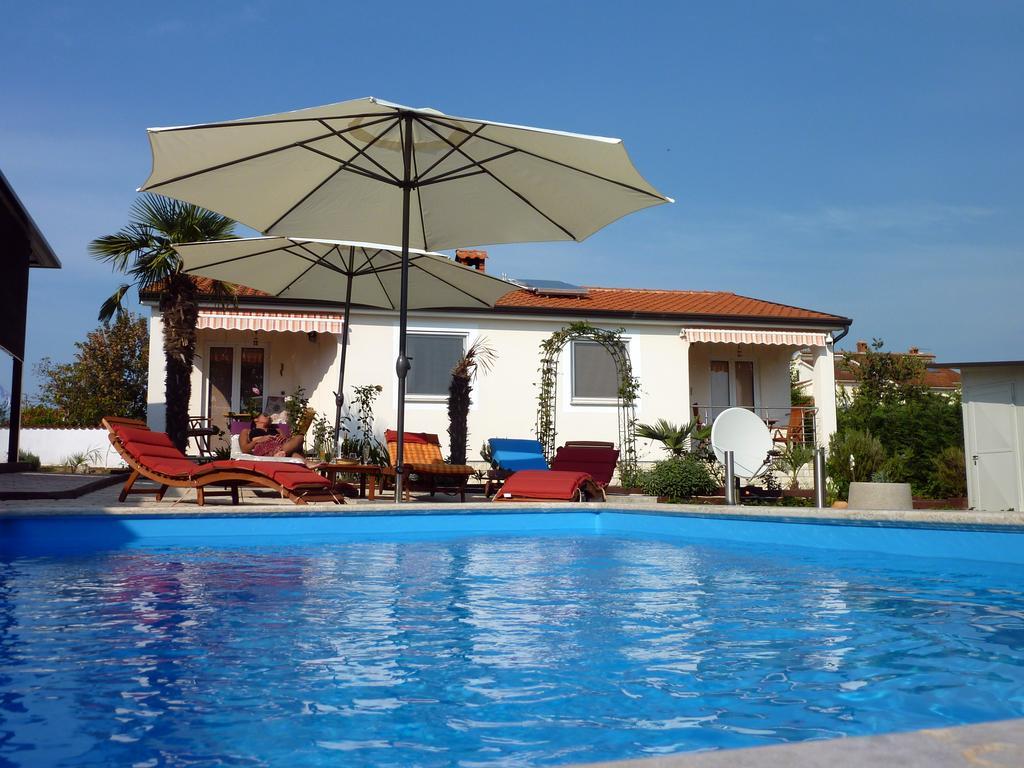 Vacation Home Palme, Poreč, Croatia - Booking concernant Palme Piscine