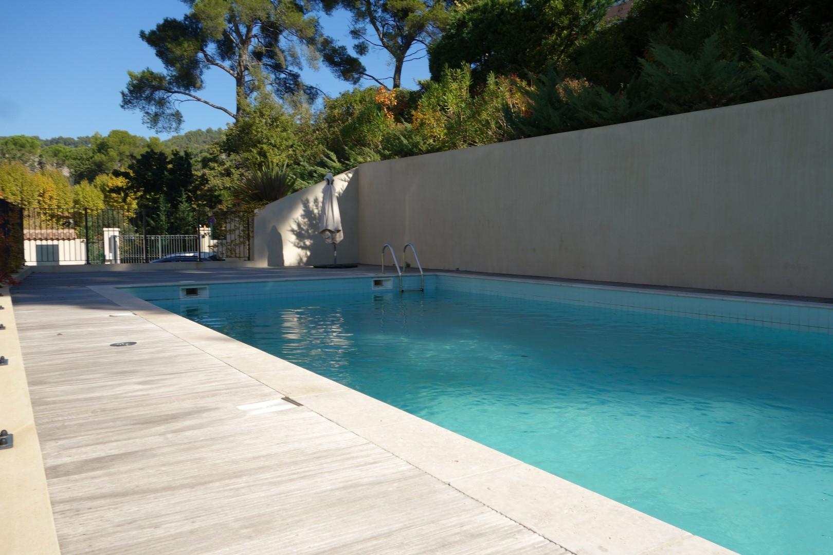 Vente Appartement T4 F4 Aix En Provence La Torse Récent; Rez ... destiné Piscine Aix Les Milles