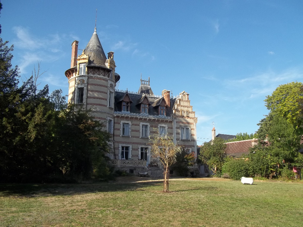 Vente Château 350 M² Checy (45430) concernant Piscine De Checy
