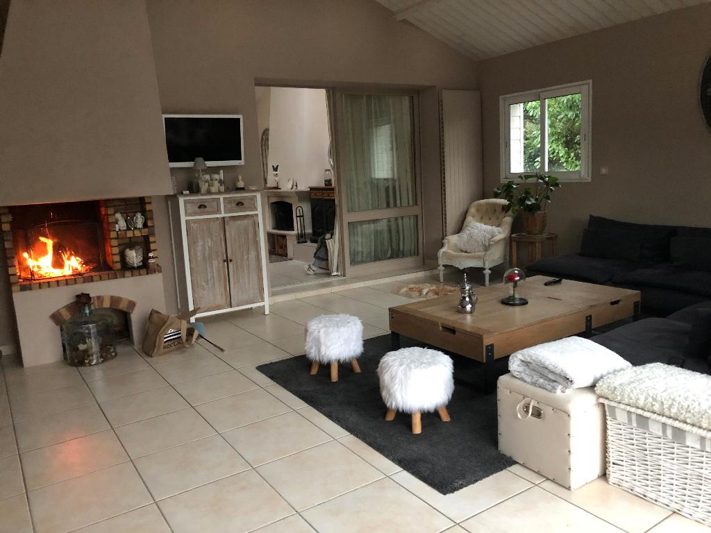 Vente Maison 236 M² Basse-Goulaine (44115) à Piscine Basse Goulaine