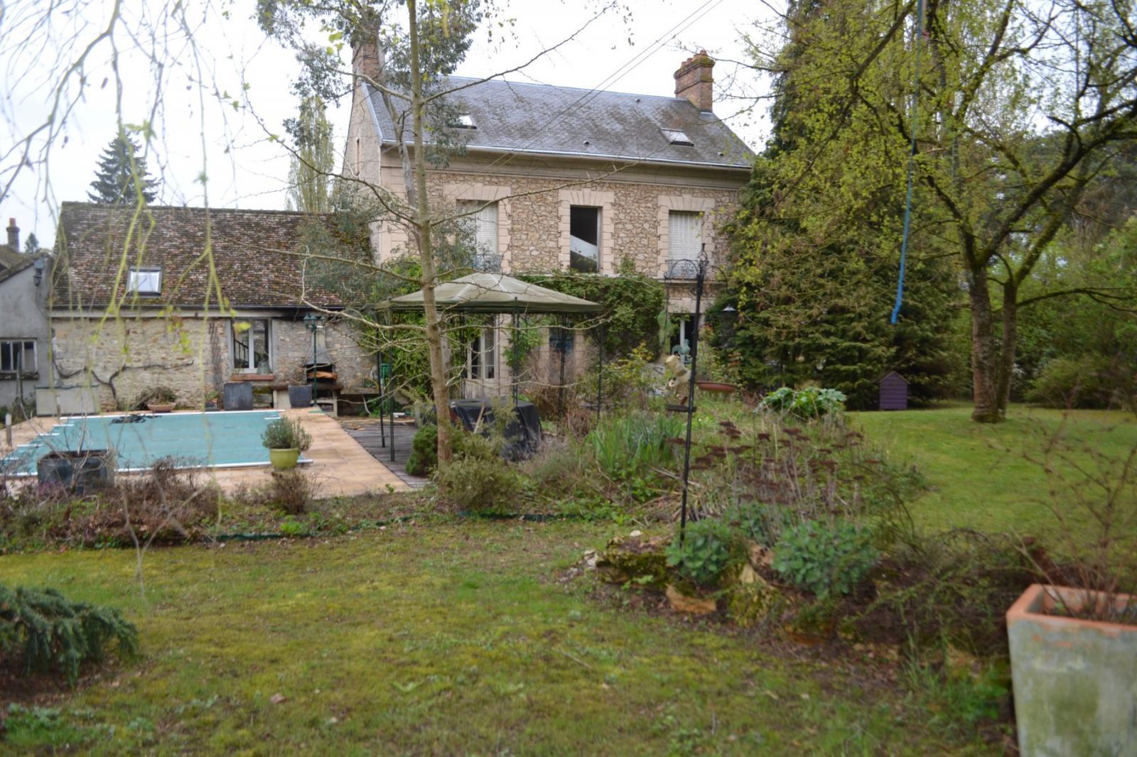Vente Maison De Caractère Milly La Foret (91490), 310M² Avec ... dedans Piscine Longjumeau